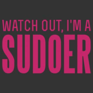 Vigyázz, SUDOER vagyok matrica kép